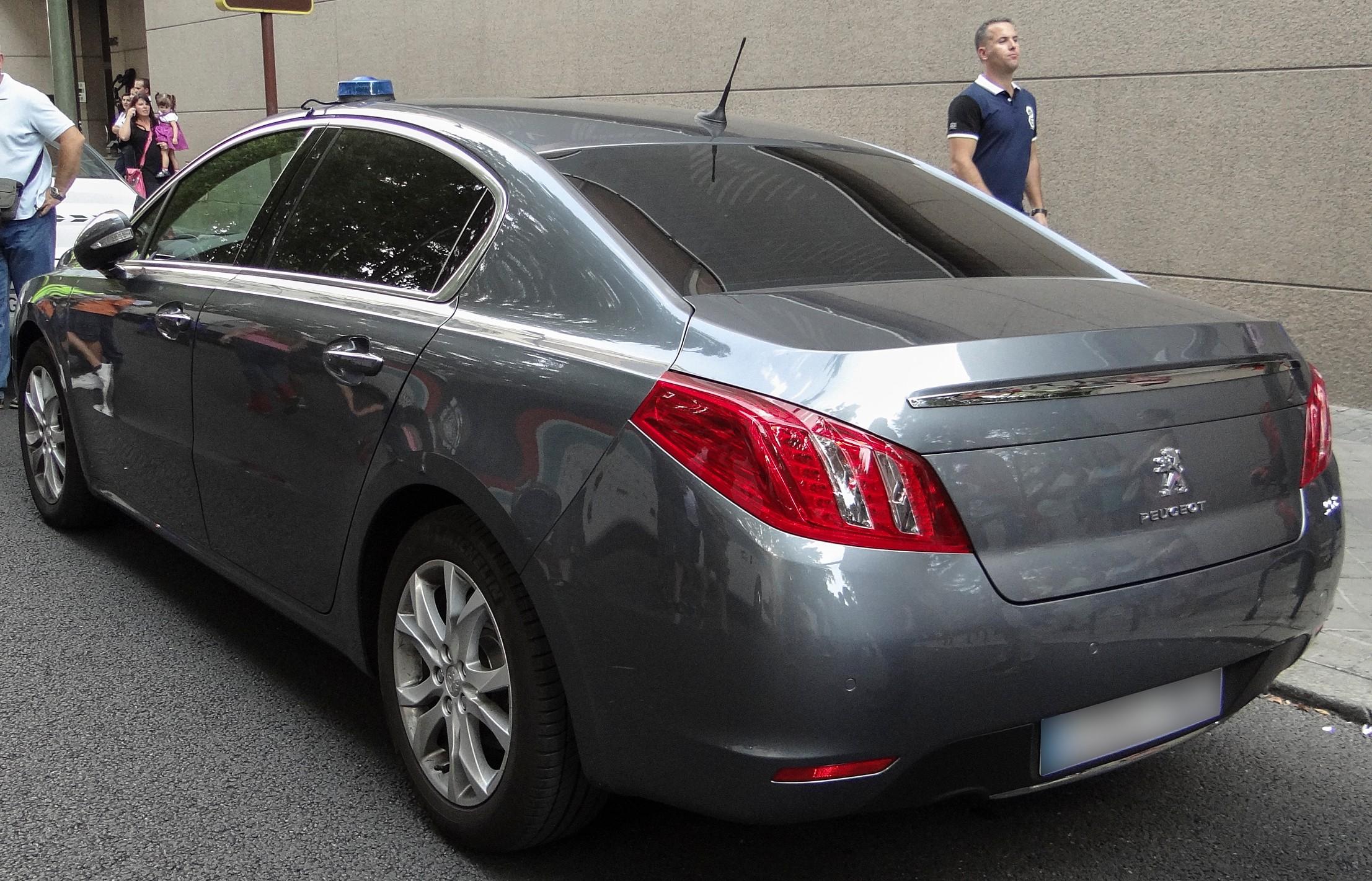 photos de voitures de police page 2099 auto titre. Black Bedroom Furniture Sets. Home Design Ideas