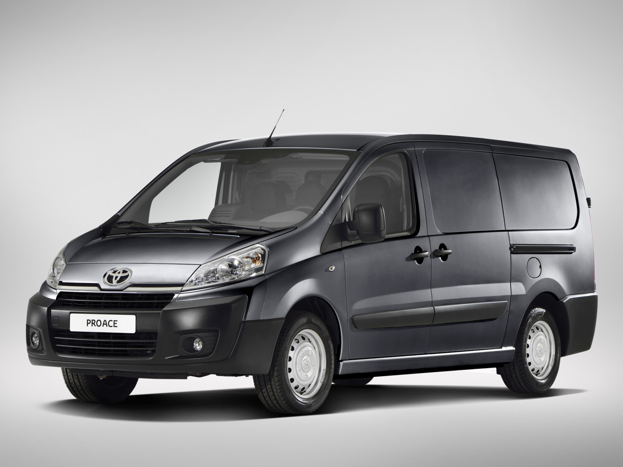 toyota proace 9 places blog sur les voitures. Black Bedroom Furniture Sets. Home Design Ideas