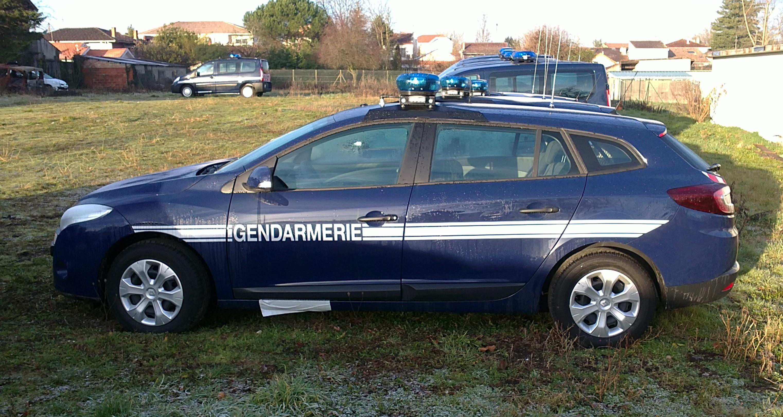 Photos de voitures de police page 1683 auto titre for Gendarmerie interieur
