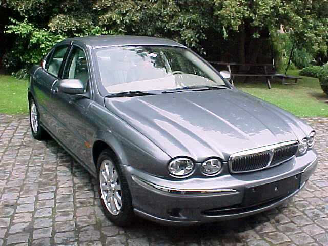 bmw 320d vs jaguar x type 2 5 v6 choix plaisir auto titre. Black Bedroom Furniture Sets. Home Design Ideas