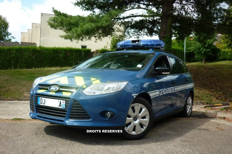 Ford focus auto titre for Gendarmerie interieur