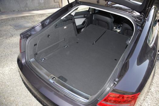 choix s rie 3 ou a5 sportback auto titre. Black Bedroom Furniture Sets. Home Design Ideas
