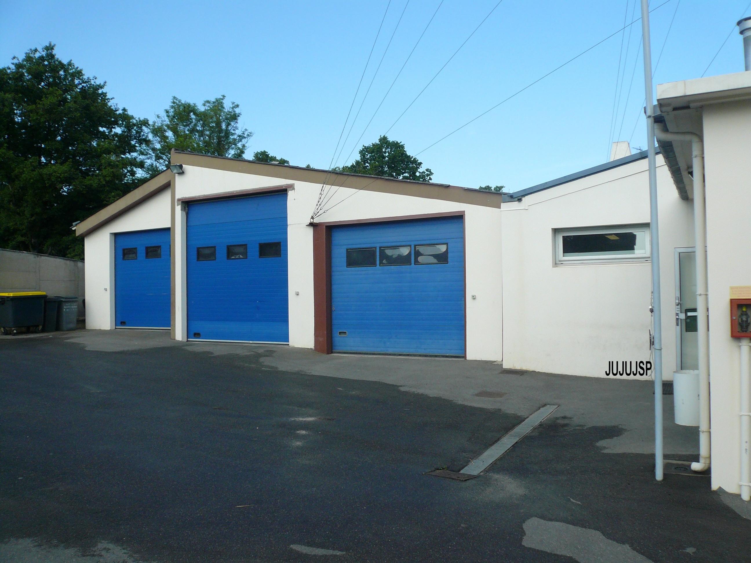 V hicules des pompiers fran ais page 1171 auto titre for Garage coueron voiture