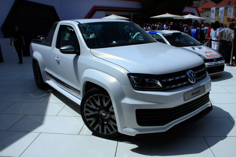 vw amarok pick up memes. Black Bedroom Furniture Sets. Home Design Ideas