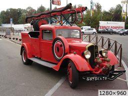 """ancien véhicule de soisy sur seine  la """"gélinette"""" (1935)"""