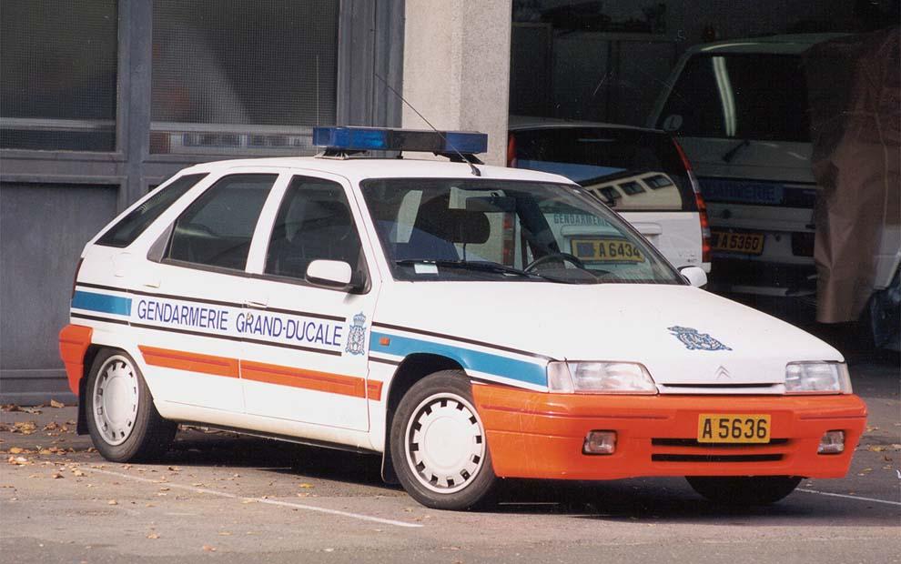 [Photos] Les citroen de la police Vector-france2_i1rij