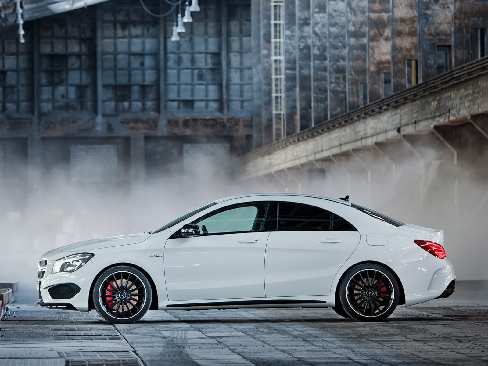 mercedes cla - page 12