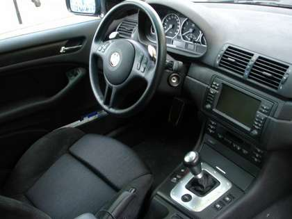avis sur bmw 330i smg2 auto titre. Black Bedroom Furniture Sets. Home Design Ideas