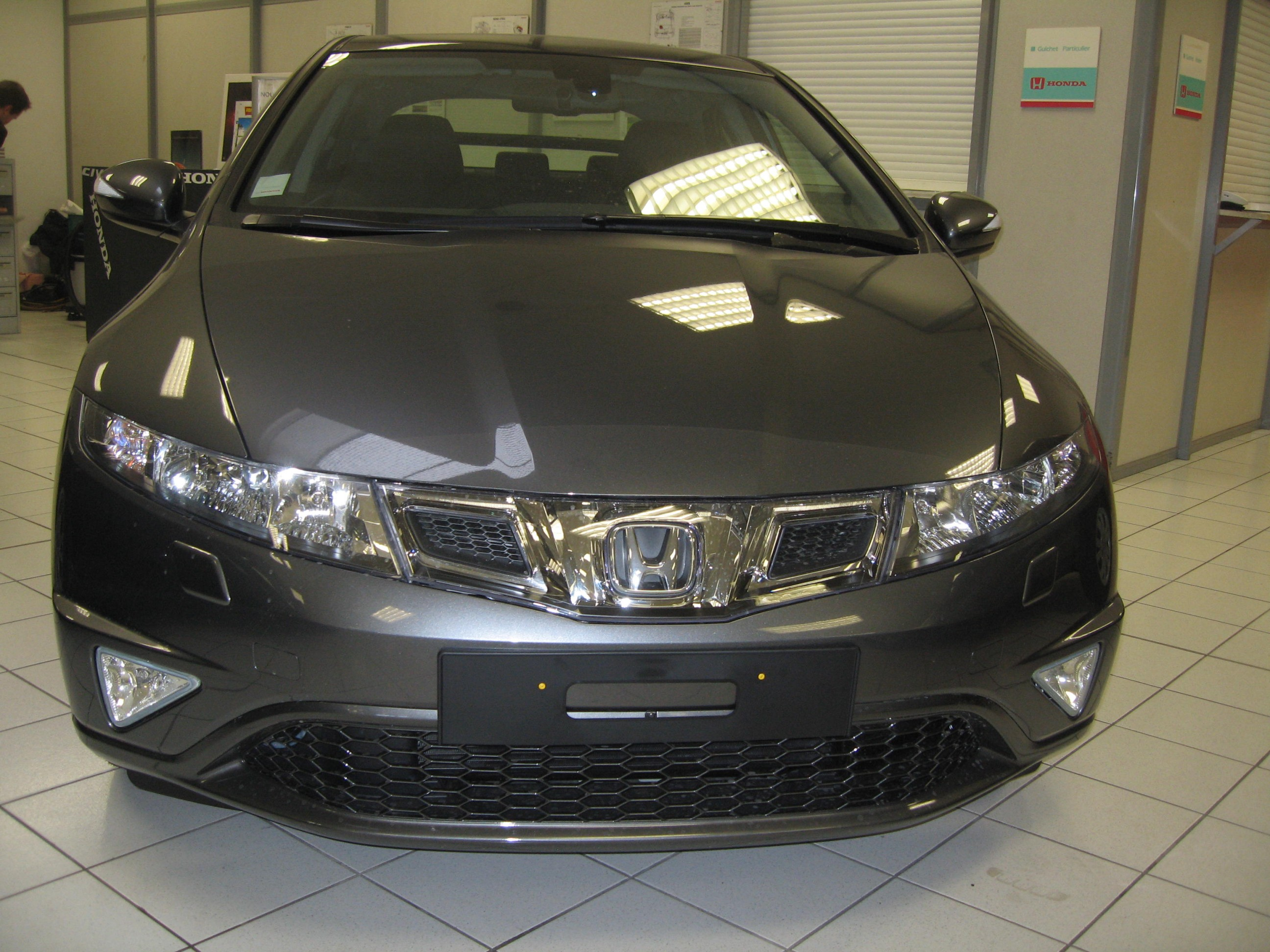 test drive rpt xpress honda civic types 3p 1 8 v tec 140ch page 3 auto titre. Black Bedroom Furniture Sets. Home Design Ideas
