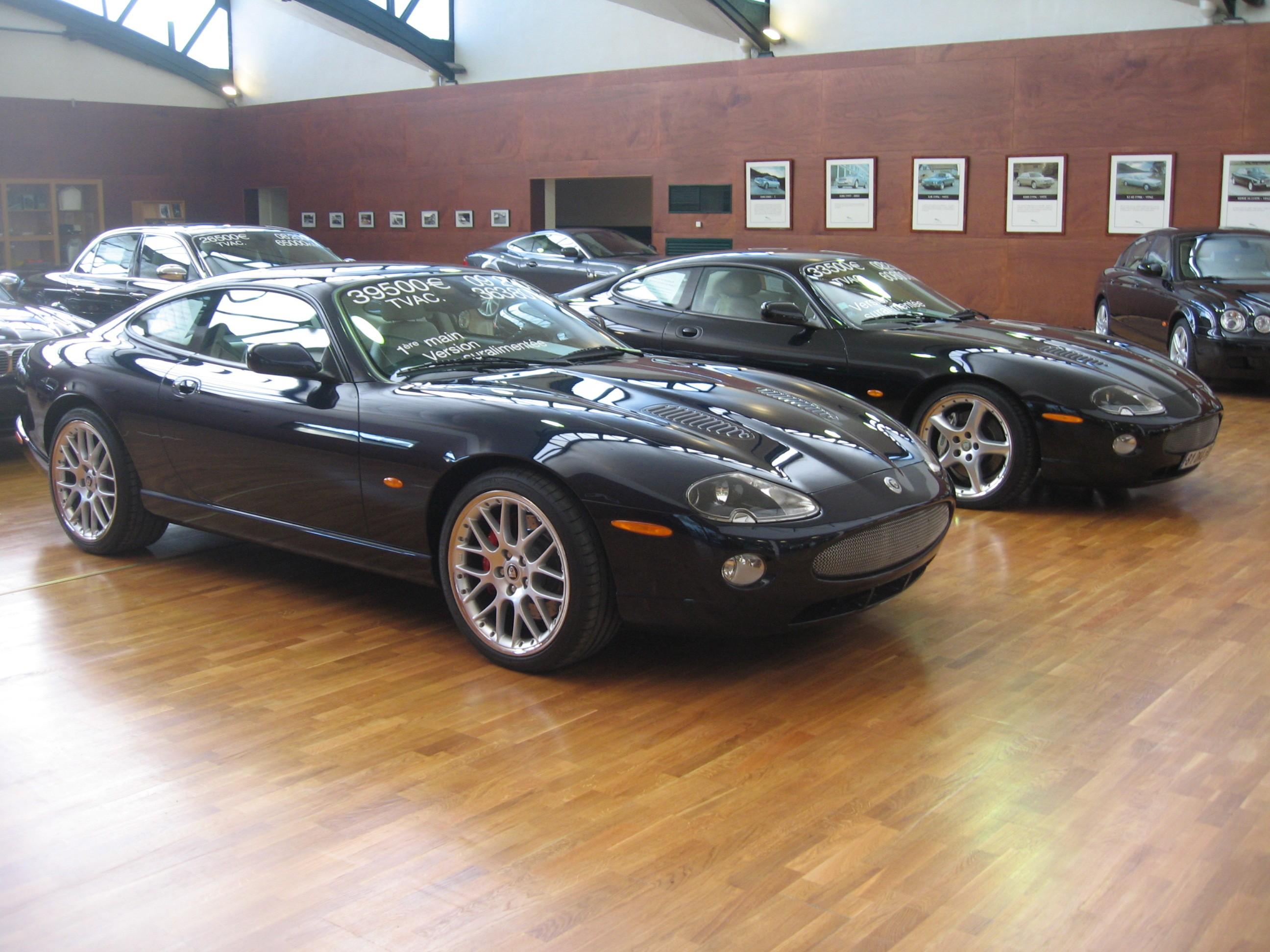 fiche technique jaguar xk 8 convertible 1997 2002 auto titre. Black Bedroom Furniture Sets. Home Design Ideas