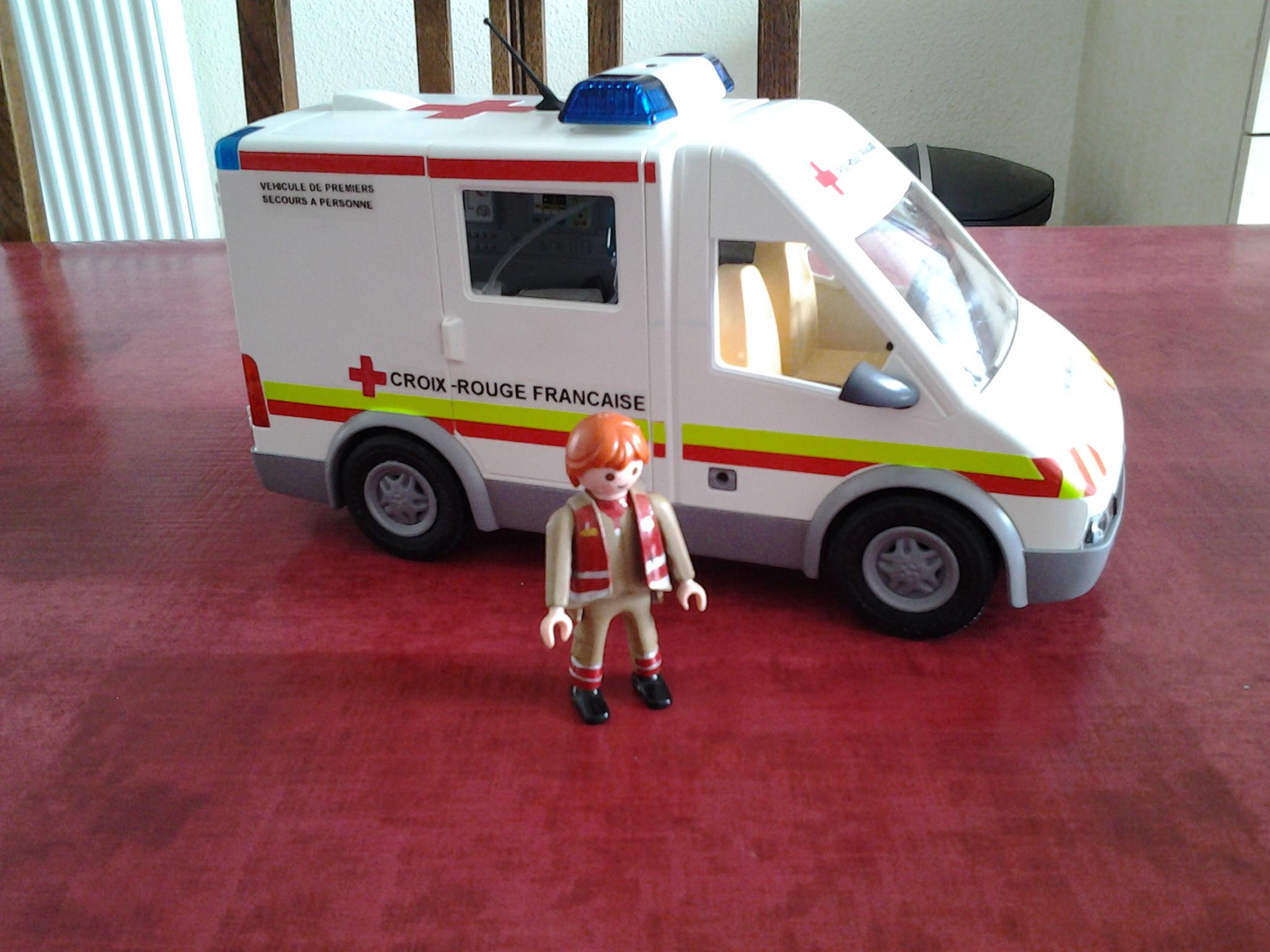 Croix rouge fran aise page 295 auto titre - Playmobil samu ...