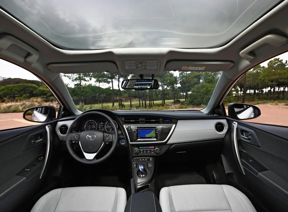 Toyota Auris Touring Sports Hybrid Date De Sortie 09