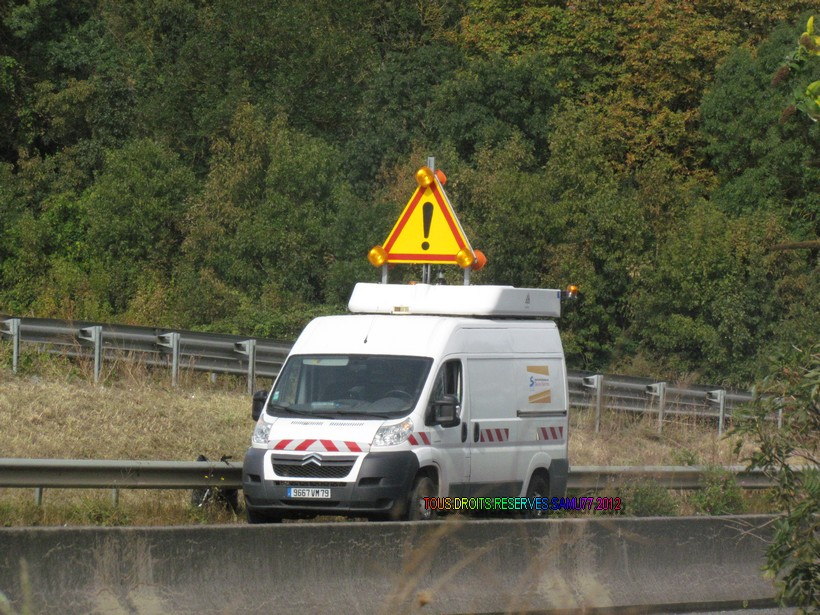 Les Vehicules Dautoroute De La DDE Et DIR