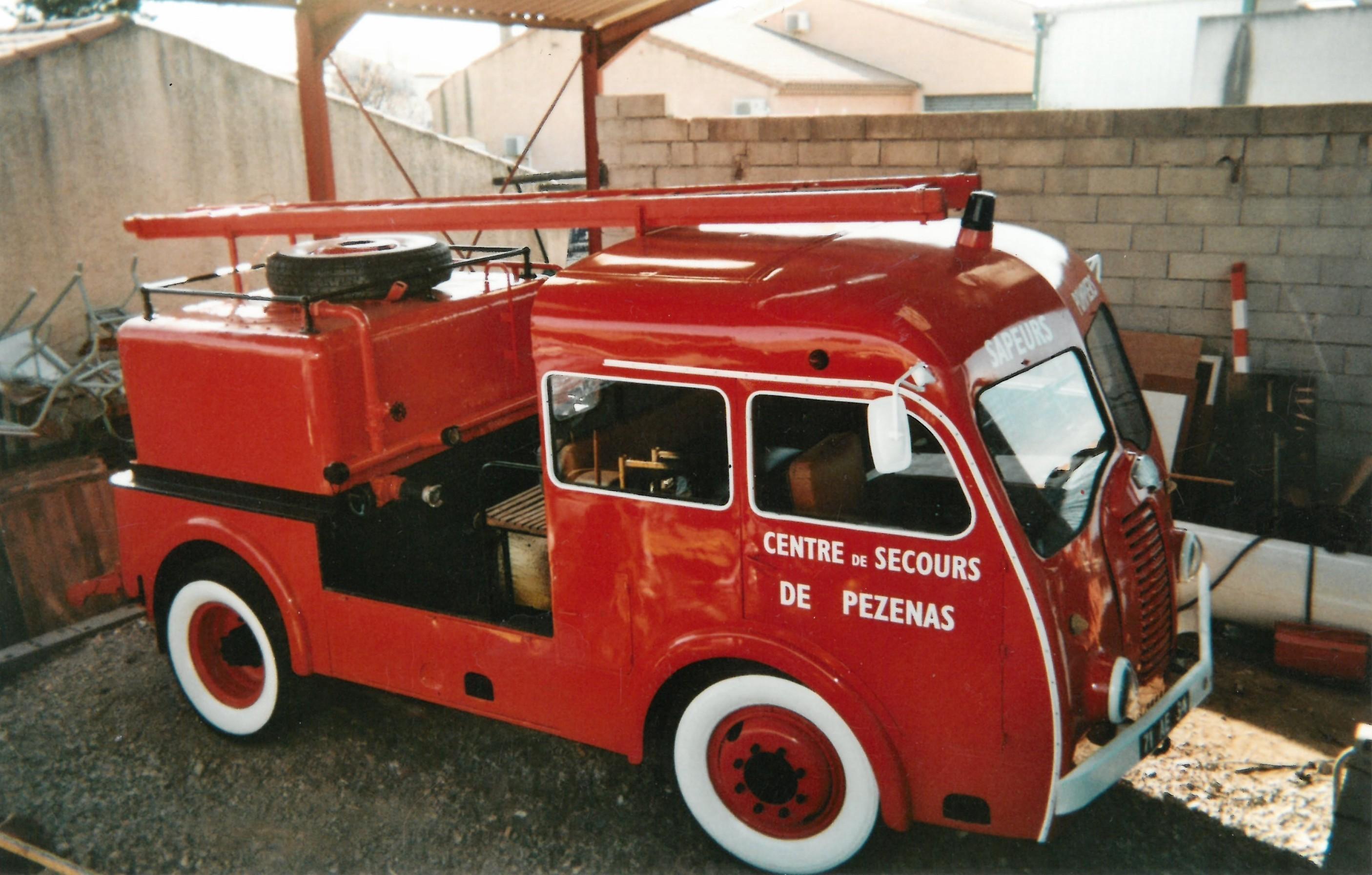 restauration de v hicules anciens sapeurs pompiers auto titre. Black Bedroom Furniture Sets. Home Design Ideas