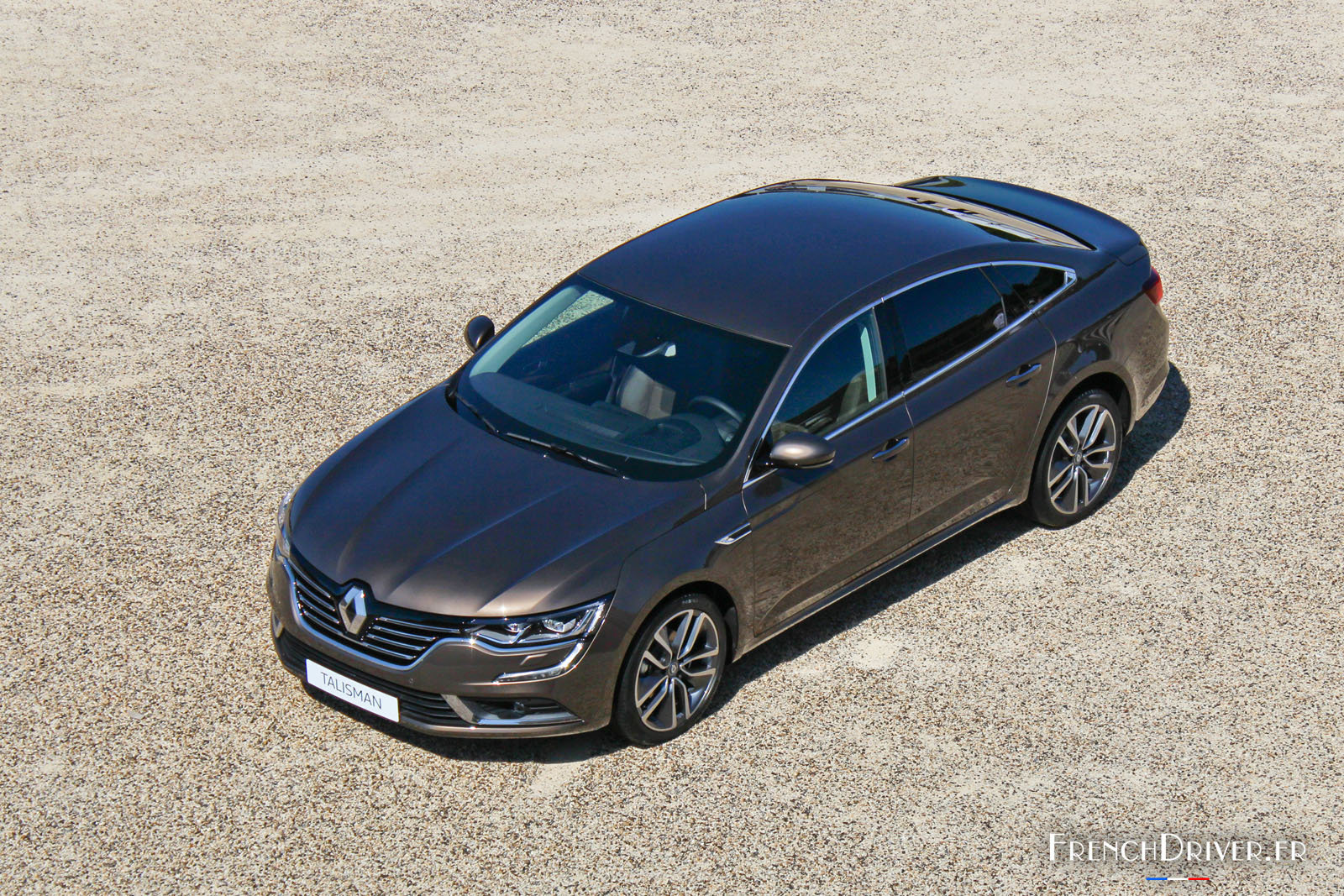 renault talisman page 67 auto titre. Black Bedroom Furniture Sets. Home Design Ideas