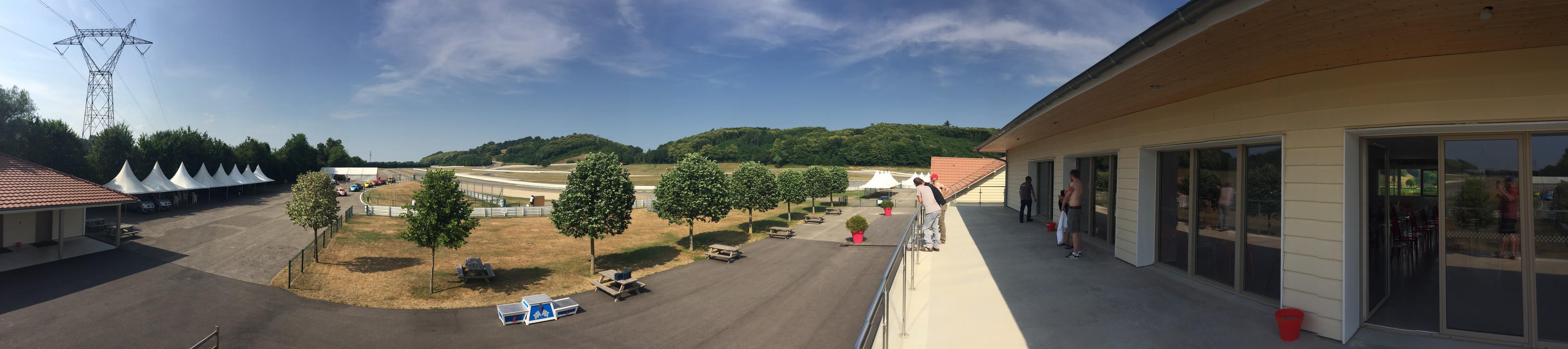 Circuit Du Laquais Calendrier.Journee Pilotage Relais Fun Cup Au Circuit Du Laquais Auto