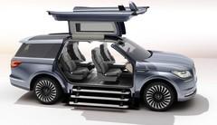 Lincoln présente le Navigator Concept à portes papillon