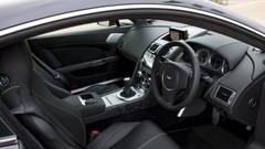 Aston Martin : pas question d'abandonner la boîte manuelle