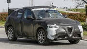 Alfa Romeo Stelvio : Le SUV Alfa Romeo Stelvio se montre