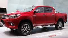 Peugeot confirme son pick-up sur base de Toyota Hilux