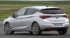 Opel Astra BiTurbo : attention Diesel !
