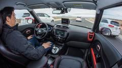 Assurance : un prix 30% plus bas grâce aux voitures autonomes ?