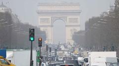 Circuler avec un véhicule interdit dans Paris vous coûtera 35 €