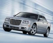 Chrysler 300C restylée : A la page