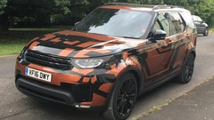 Land Rover Discovery (2017) : un camouflage léger avant le Mondial