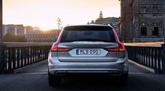 Volvo annonce la venue de la V90 Cross Country