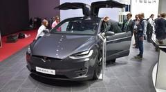 Tesla modernise le SUV avec son Model X