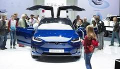 Tesla Model X P100D : le colosse électrique