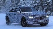 La future Mercedes GLA pour la première fois sur la route