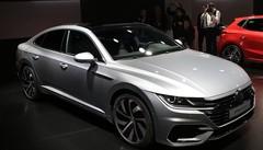 L'Arteon vient coiffer la gamme Volkswagen à Genève