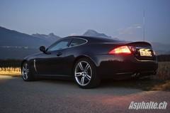 Essai Jaguar XKR : étape incoutournable dans le choix d'une GT 2+2