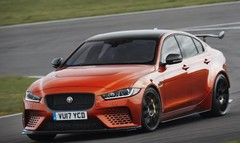 Jaguar XE SV Project 8, la folle anglaise !