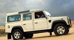 Land Rover va renouveler son mythique 4x4 Defender