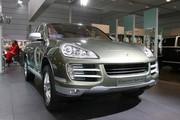Porsche au salon de Bruxelles : Cayenne Hybride et Boxster RS 60 Spyder à l'honneur