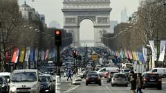 La Mairie de Paris veut interdire les voitures essences dès 2030