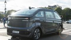 Taxi sans chauffeur : le Français Navya se lance à Paris