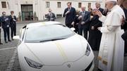 Une Lamborghini Huracan signée par le Pape François bientôt aux enchères