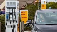 Le pétrolier Shell rejoint BMW, Volkswagen, Mercedes et Ford pour la recharge électrique