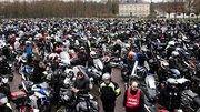 80 km/h : des milliers de motards et d'automobilistes manifestent