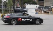 Cette Porsche est pilotée par un smartphone