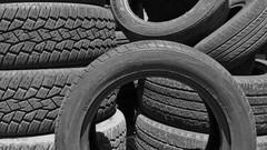 Contrefaçon : l'UE tire la sonnette d'alarme pour les pneus et batteries !