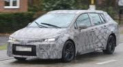 Le futur break Toyota Auris TS se laisse photographier