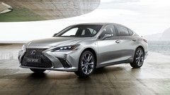 Lexus dévoile l'hybride ES300h, remplaçante de la GS