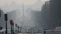 Pollution automobile : Anne Hidalgo porte plainte contre l'Europe