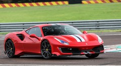 Essai Ferrari 488 Pista 720 ch : Piste rouge