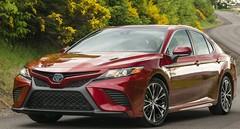 Hybride, la Toyota Camry revient en Europe